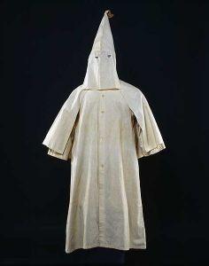 KKK robe